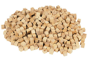 Cubes Counting Wood 2cm – 500 pieces in Container